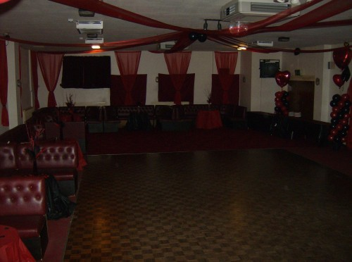 CAMBERLEY WORKING MENS CLUB