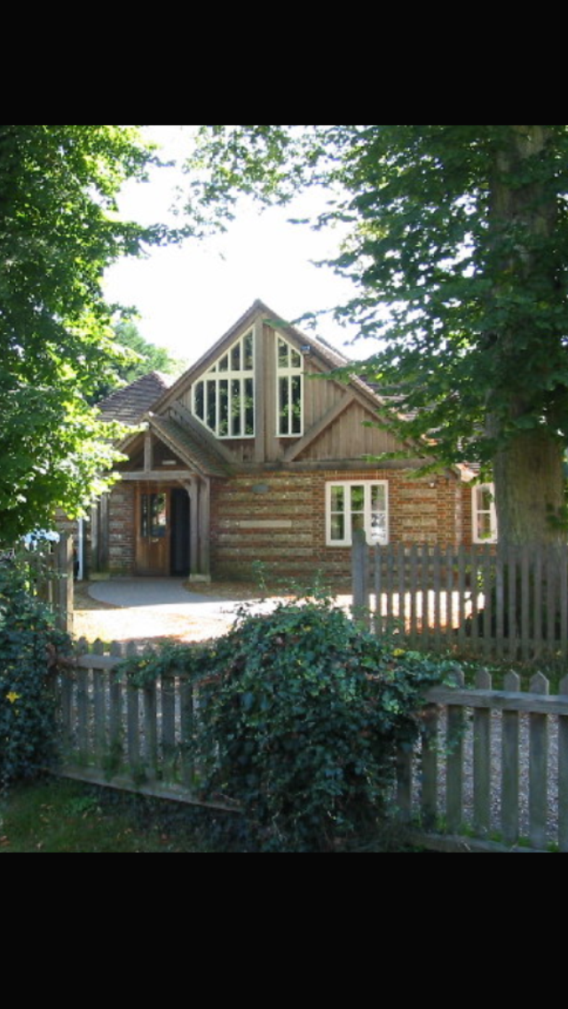 Cecil Memorial Hall, Cranborne